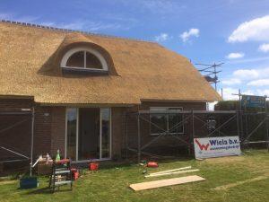 Rieten dak gereed